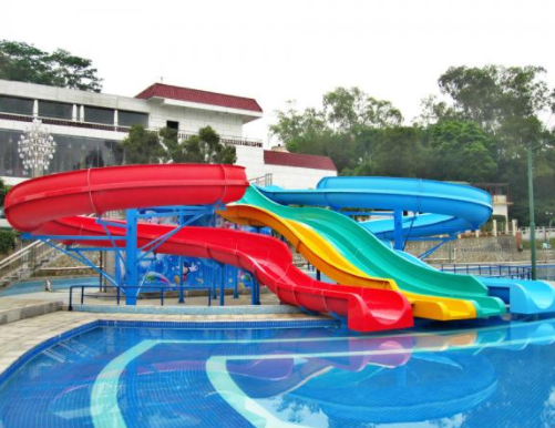 Cầu trượt composite mẫu 06