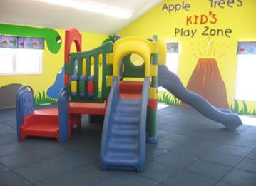 Khu vui chơi trẻ em bằng composite 06