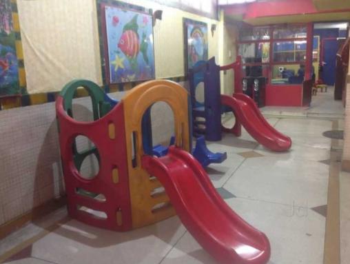 Nhà vui chơi trẻ em bằng composite 04