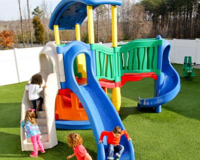 Nhà vui chơi trẻ em bằng composite 01