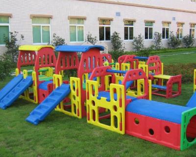 Nhà vui chơi trẻ em bằng composite 02